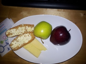 Apples, cheese and Krisprolls